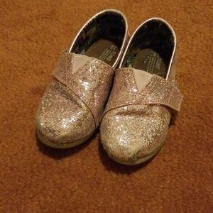 Girls glitter Toms